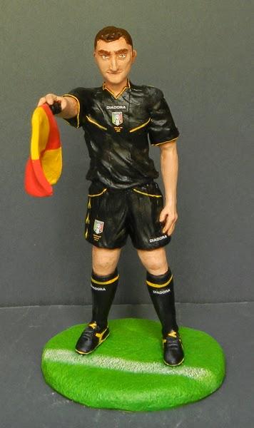 statuetta personalizzata idee regalo calcio divisa arbitro orme magiche