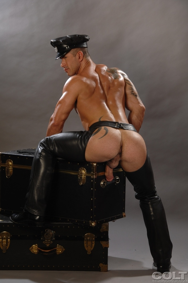 gay porn naked leather