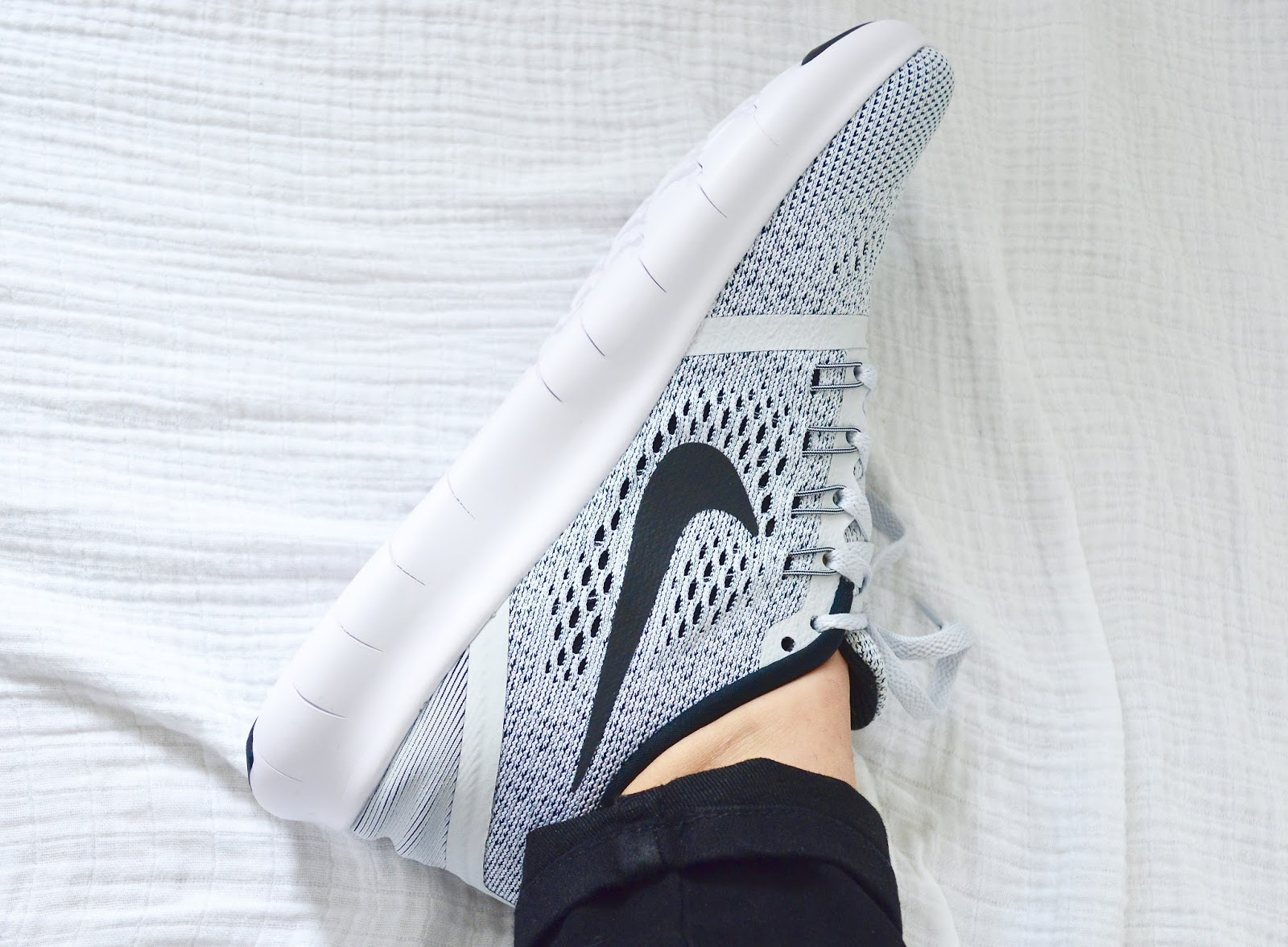 Nike Free Runs, Light Grey Free Runs, Trainers, Kicks, Style, Fashion, OOTD,
