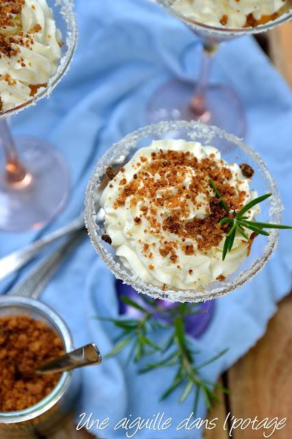Compotée d'abricot au romarin et mousse mascarpone