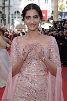 Sonam Kapoor looks stunning in Cannes 2017 039.jpg