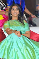 Pooja Jhaveri in Beautiful Green Dress at Kalamandir Foundation 7th anniversary Celebrations ~  Actress Galleries 013.JPG