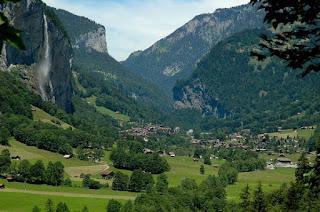 حكايات عن جبال الالب