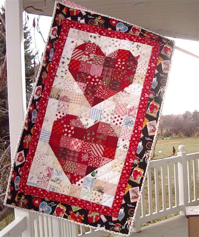 Heart Banner Quilt for Valentine's free Pattern