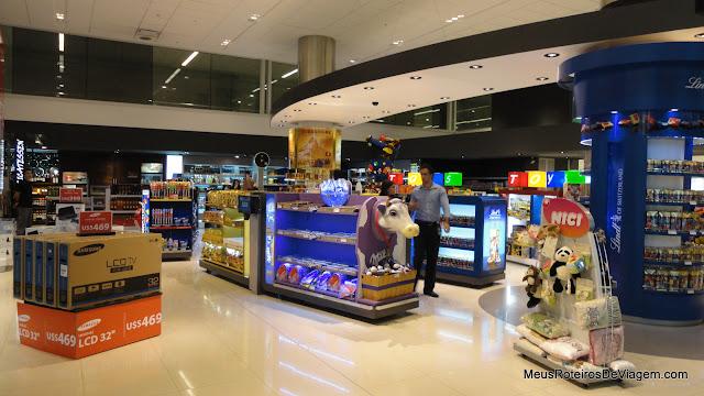 Duty Free da chegada - Aeroporto de Montevidéu, Uruguai