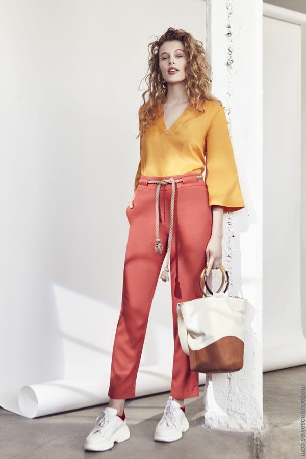 Moda blusasd y pantalones moda primavera verano 2019.
