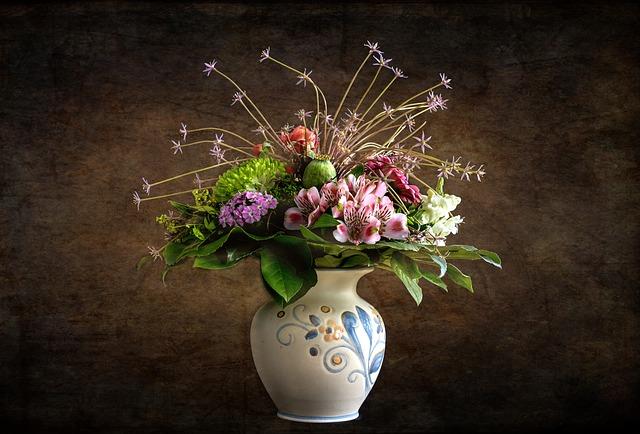 Rincian Biaya Modal Usaha Vas Bunga Hingga Buka Investasi Untung