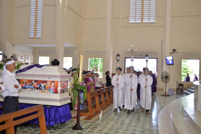 Thánh Lễ an táng Cha Phêrô Bùi Thanh Xuân - Gp Vĩnh Long - Ảnh minh hoạ 4