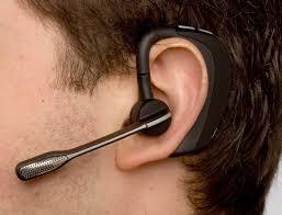 Bahaya Headset Untuk Telinga