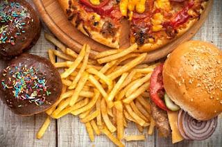Waspadai! Janganlah Terlalu berlebih, Ini Resiko Makan Makanan Tinggi Lemak serta Kalori