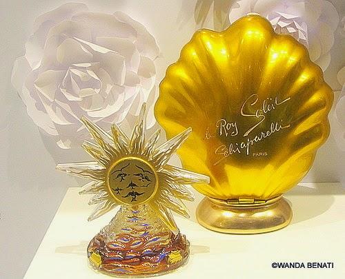 Flacone di Salvador Dalì per il profumo Roy Soleil di Elsa Schiaparelli