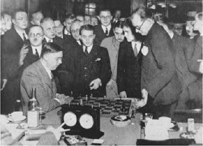 Partida de ajedrez Euwe vs. Alekhine en 1935