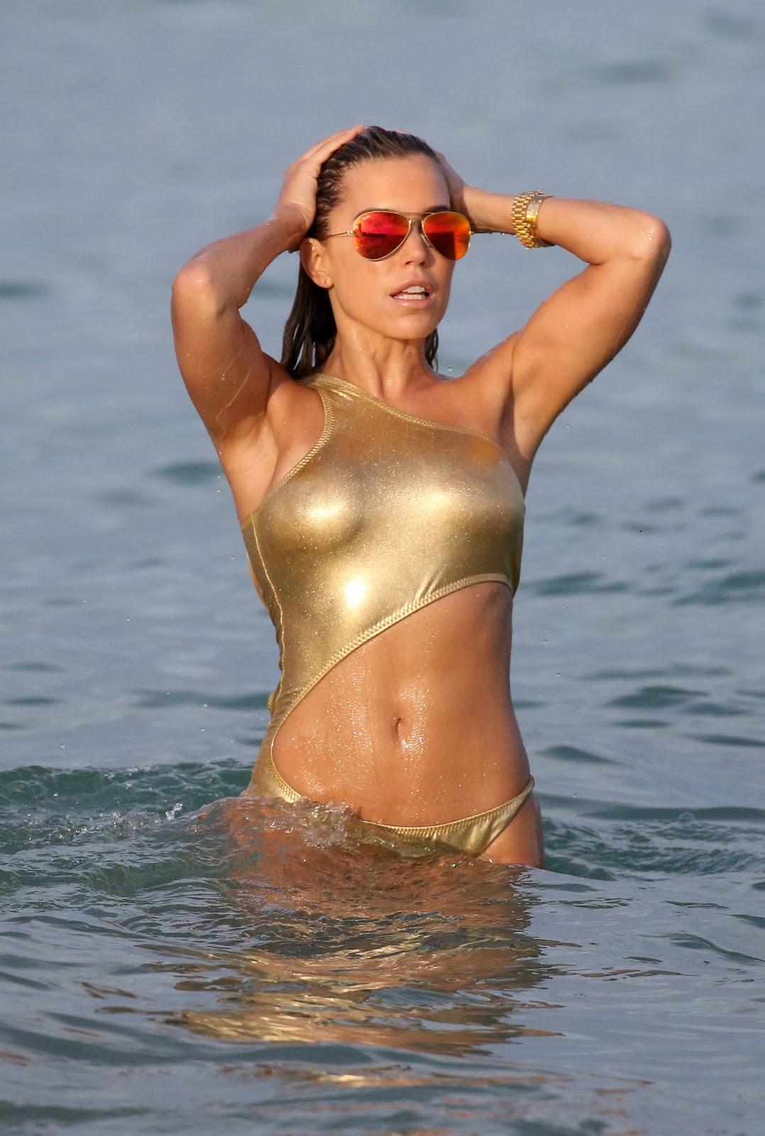 Sylvie Meis on the beach in Miami