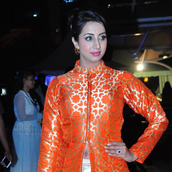 Sanjana Galrani latest photos from The Wedding Vow Fashion Show