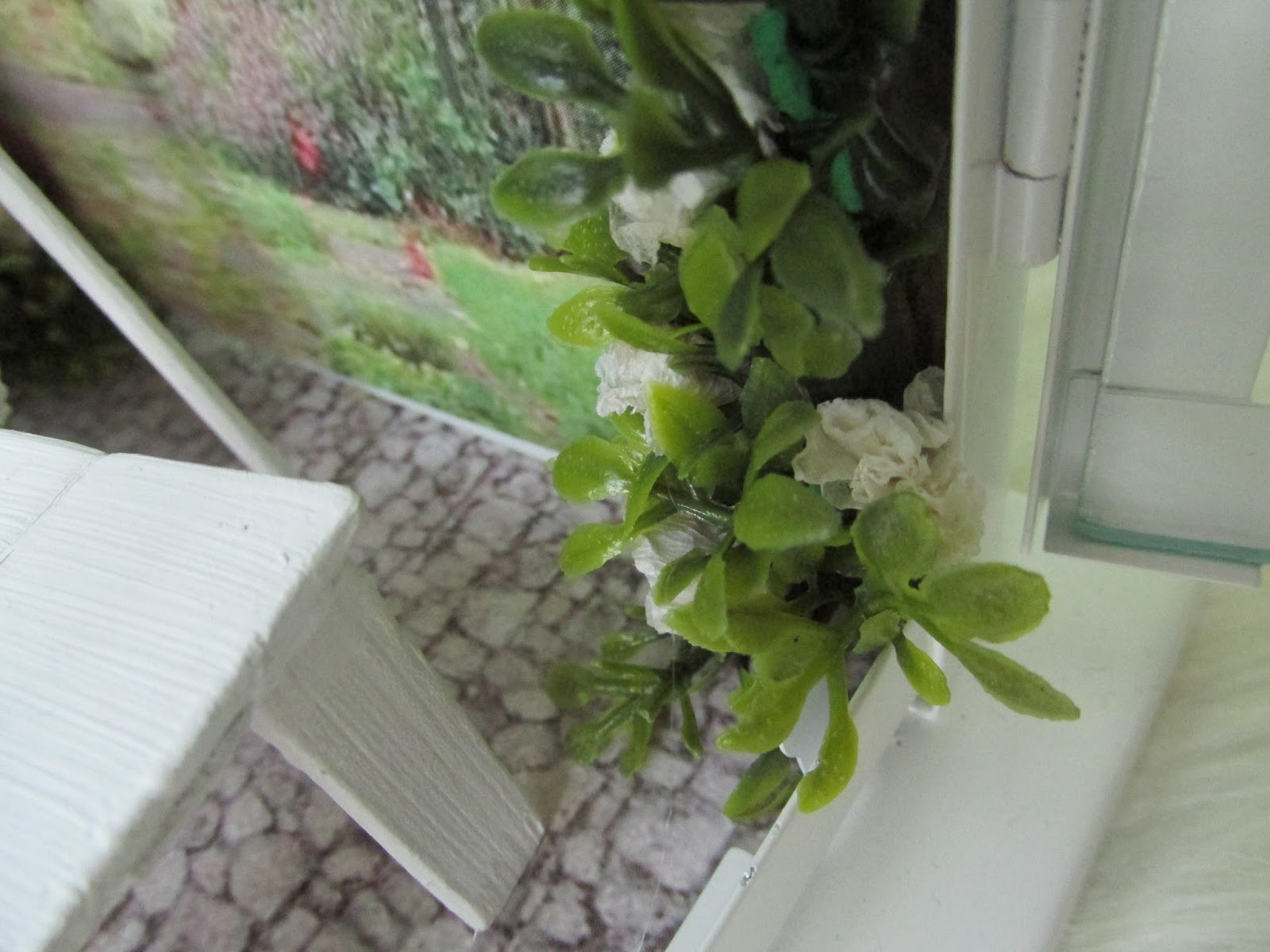 miniaturowy kwiat