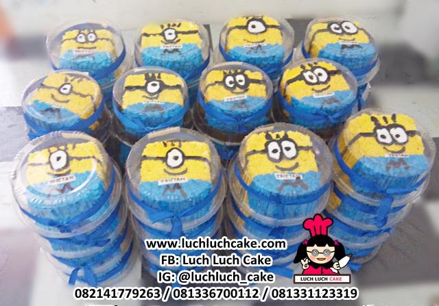 Mini Cake Minion