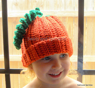 Swirls and Sprinkles: adult/teen crochet pumpkin hat free pattern