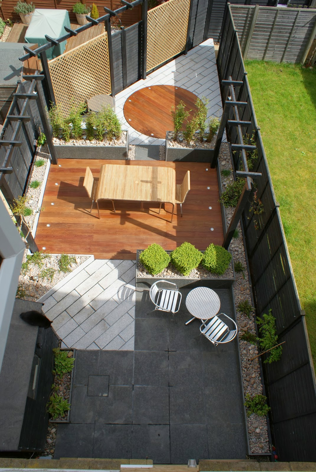 Smart Contemporary Townhouse Garden Design Cambridgeshire