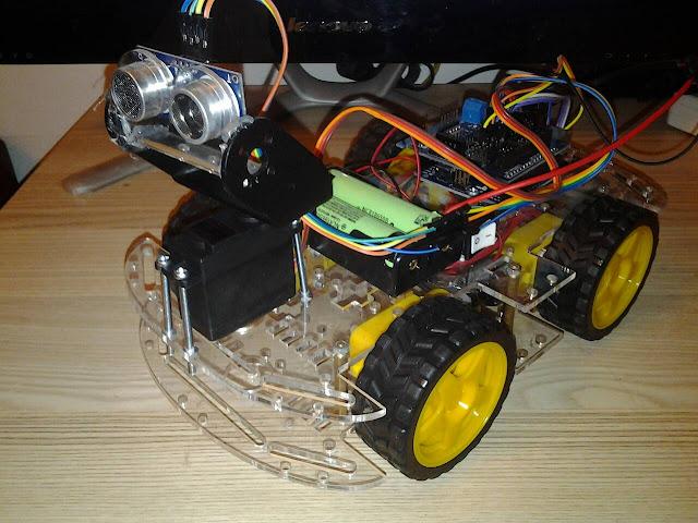 โปรเจค หุ่นยนต์ติดตามวัตถุ Ultrasonic
