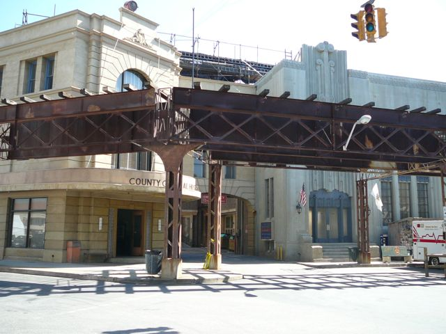 Experiencing Los Angeles: Taste of Chicago: Warner Bros ...