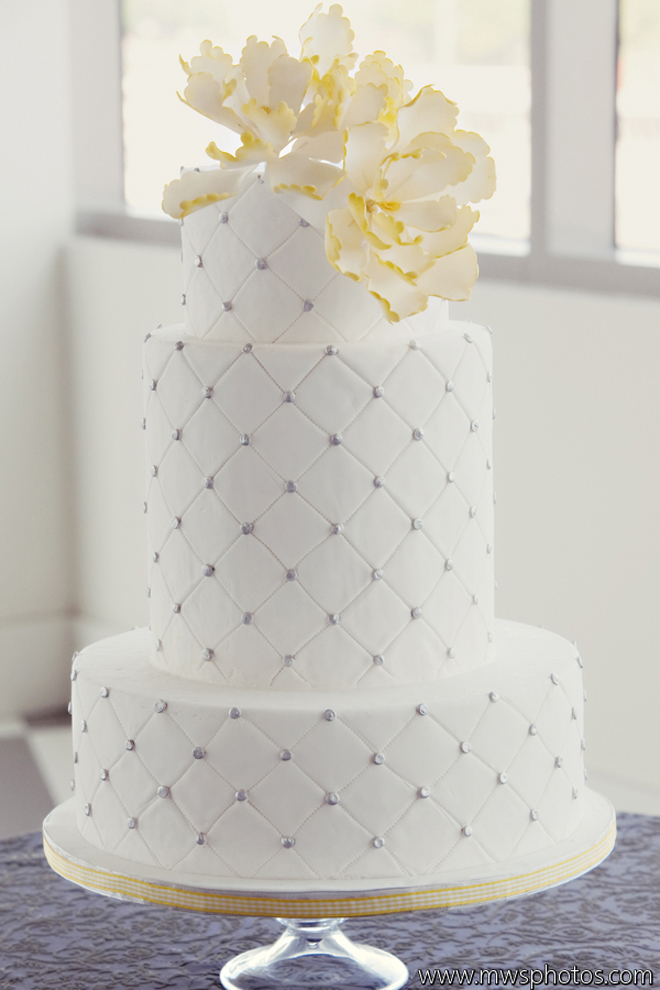 Wedding Cake Designs With Bling