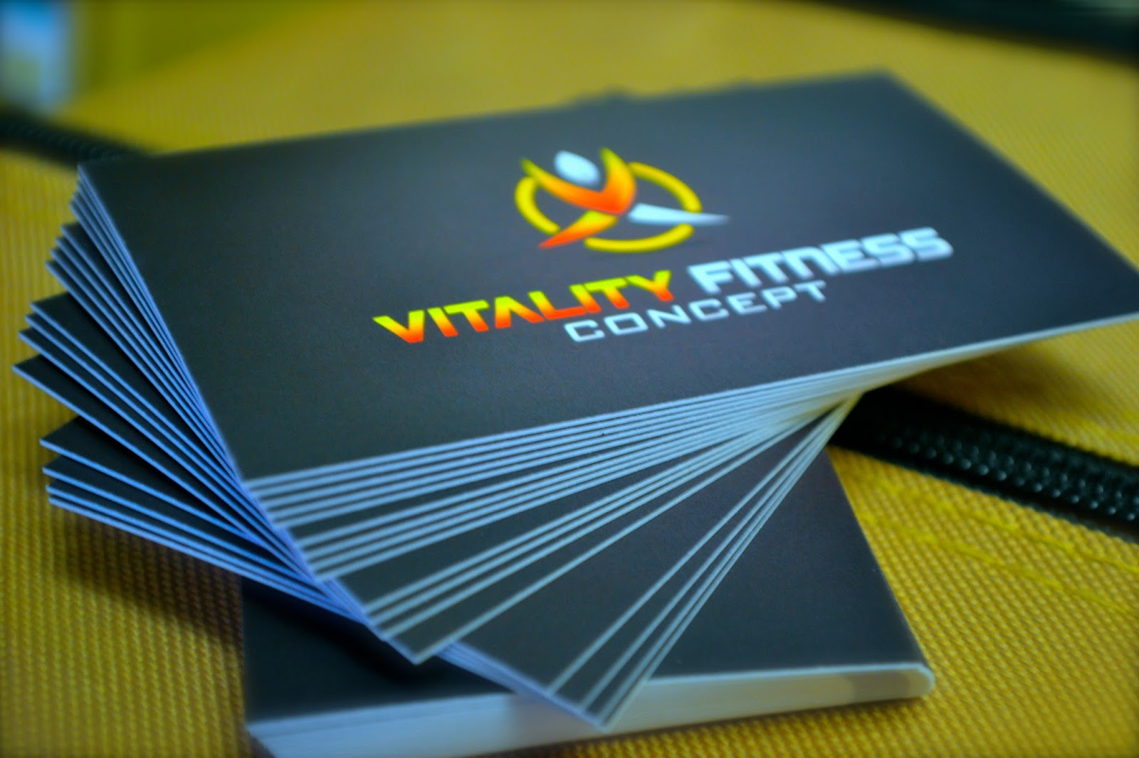 Quality business cards business card tips quality business cards colourmoves
