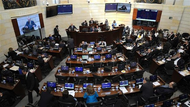 Colombia's Senate passes revised peace pact between FARC, government