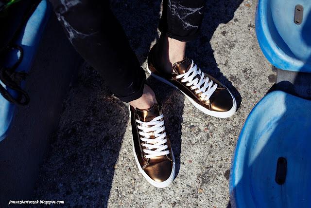 męskie złote buty
