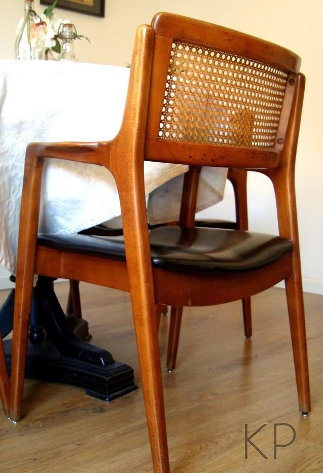 Comprar auténticas butacas y sillas danesas de época años 50. Tienda de muebles valencia. KPdecorstudio.