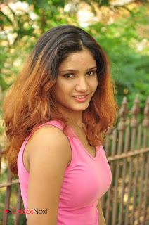 Actress Aarthi Pictures at SR Media Production No 2 Movie Opening  0052.JPG