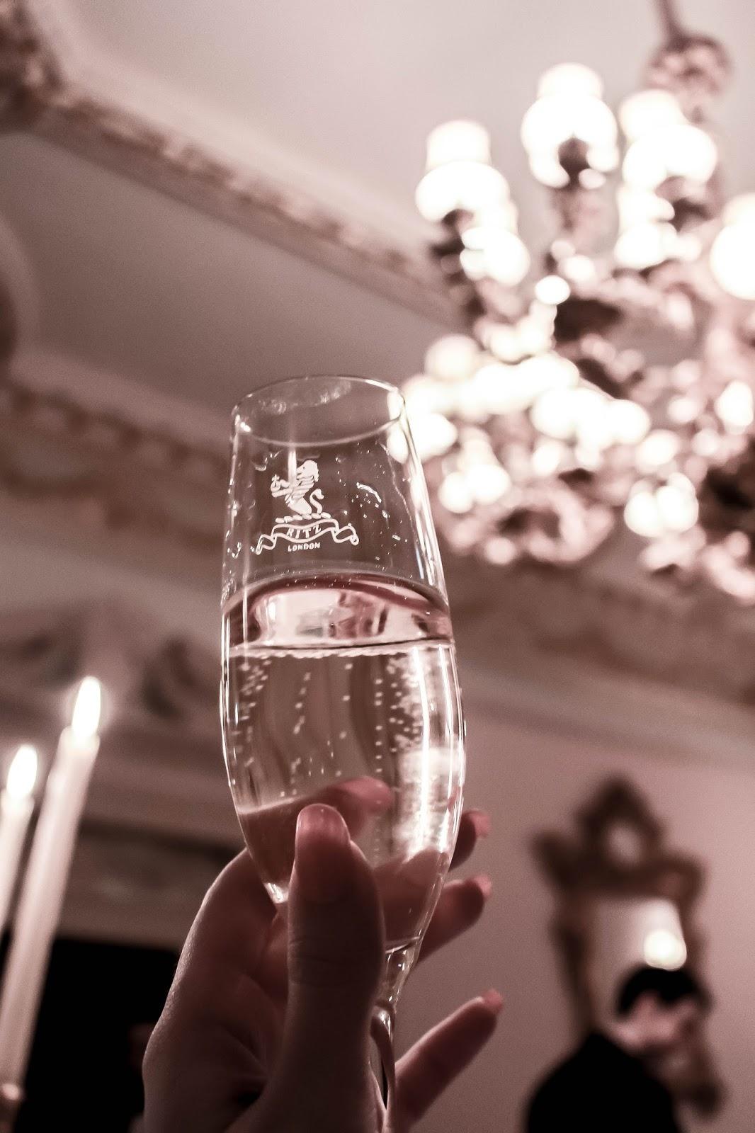 Champagne Barons de Rothschild Reservé Ritz Glass