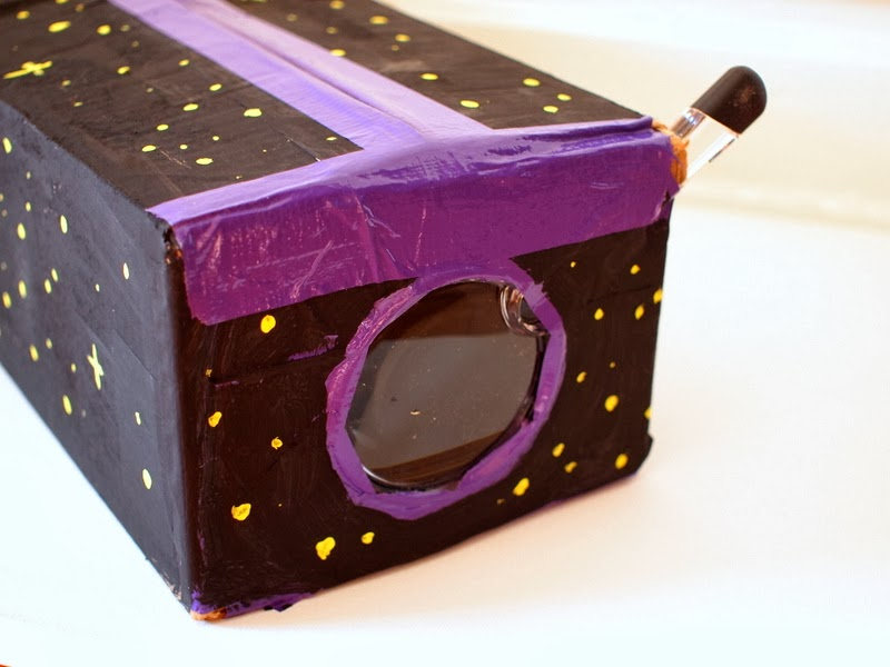 DIY Cardboard iPod Projector