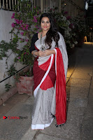 Bollywood Actress Vidya Balan Pos in Saree at Live in Conversation With Renil Aham  0007.jpg