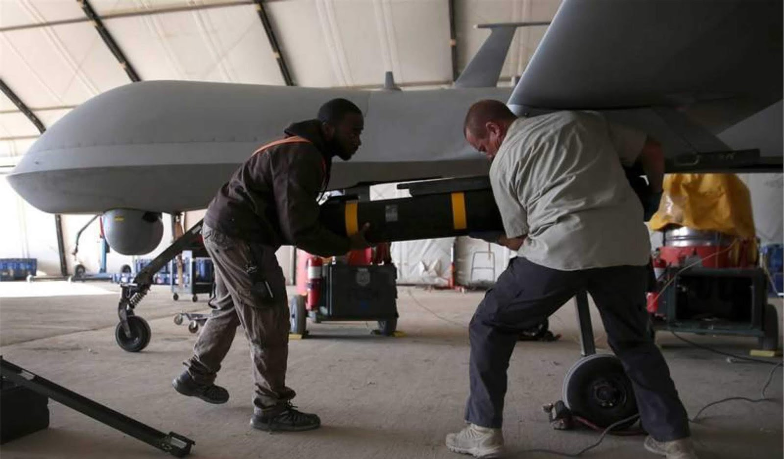 Trump telah mengizinkan CIA untuk tidak melaporkan korban sipil akibat serangan UAV
