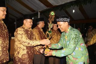 Kecamatan Widasari Kembali Raih Juara Umum MTQ