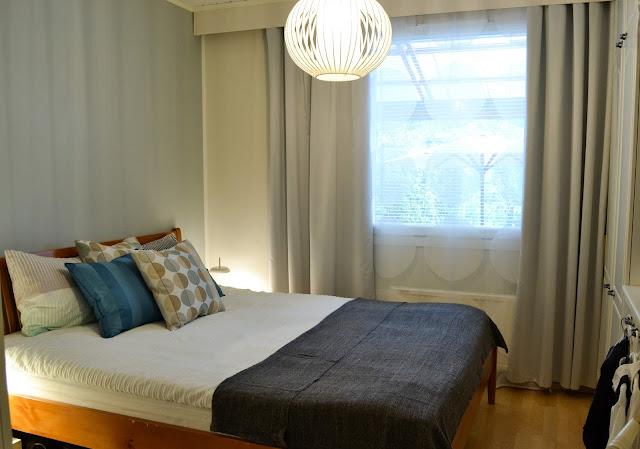 Saippuakuplia olohuoneessa. blogi, kuva Hanna Poikkilehto, ikea, koti, sisustus, makuuhuone,