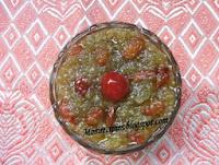 http://www.momrecipies.com/2009/06/bottle-gourd-halwa-doodhi-halwa.html