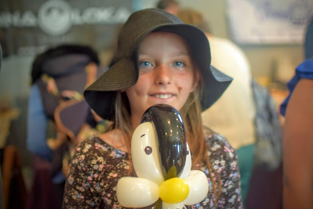 balloon penguin, animal balloons, balloon modelling, Good Carma, vegan parmesan, Absolutely Fabulous Vegan Festival, vegan, fayre, lifestyle, food, vegan pie, Mr Nice Pie, Pembrokeshire, vegan cheese, dairy free, gary,