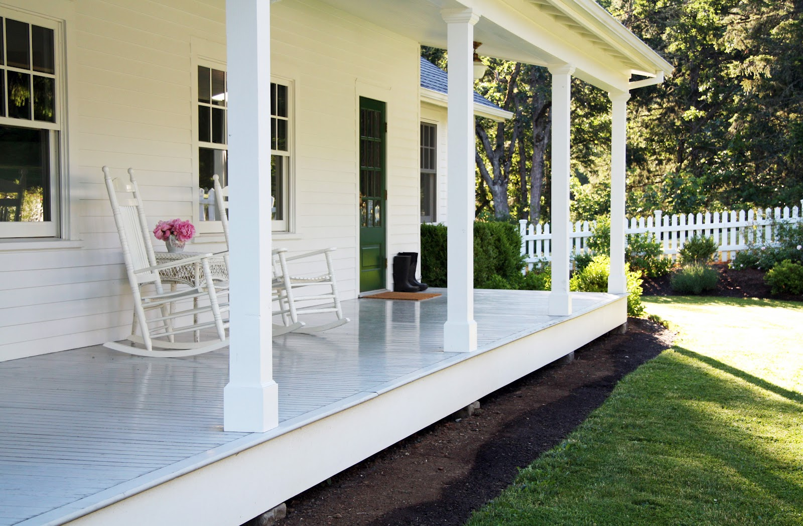 Farmhouse Front Porch Railing Ideas Porch On Pinterest Porches Country Farmhouse And