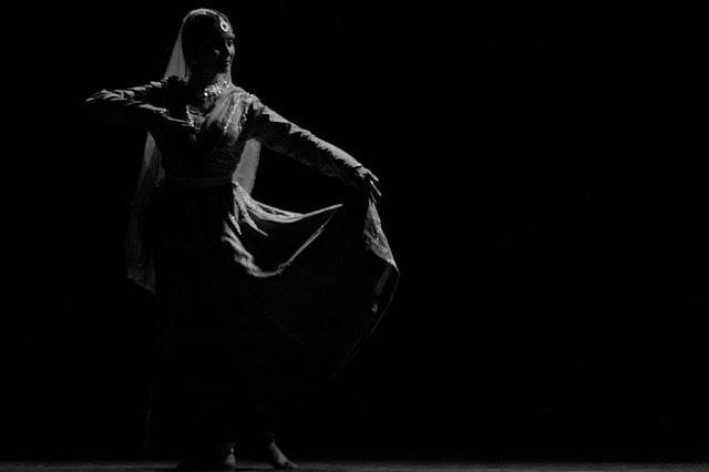 दिवानी गझलप्रिया Gujarati Kavita By Naresh K. Dodia