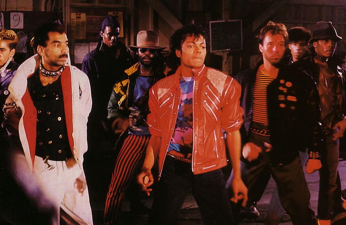 Retro Music FM: Michael Jackson - Beat it (1982)