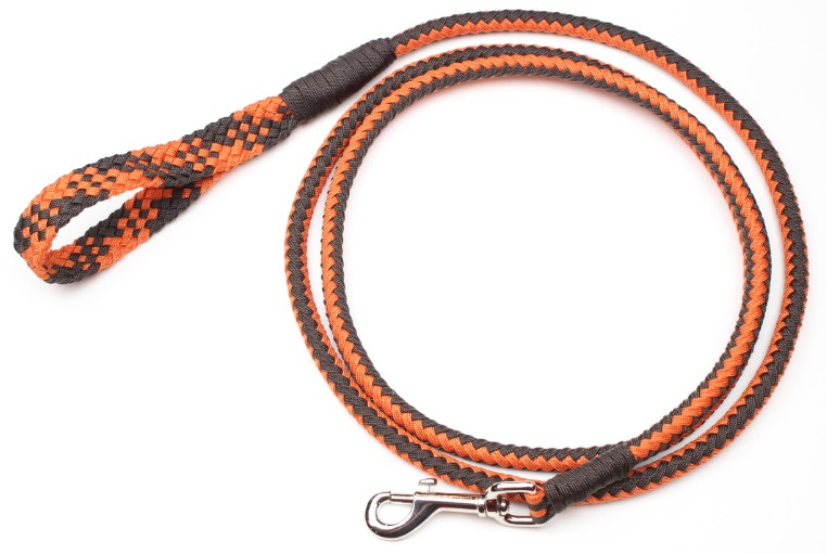 how to make a paracord whip cracker