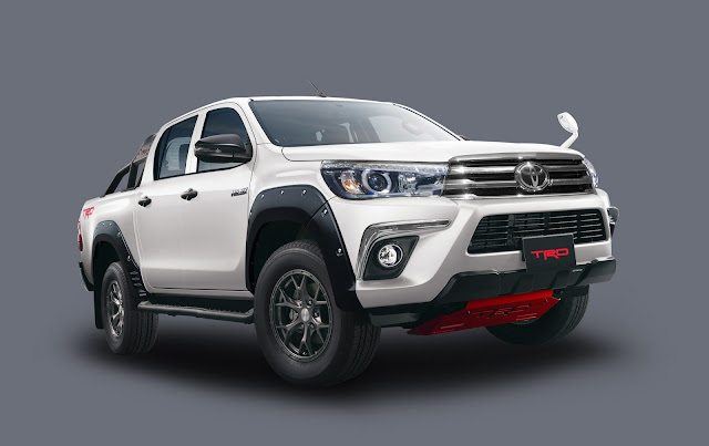 Toyota Hilux Black Rally Edition in Japan. 88ca0d8e-toyota-hilux-black-rally-15