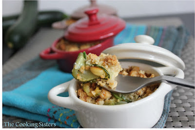 http://the-cooking-sisters.blogspot.ch/2012/05/crumble-de-courgette-au-chevre-et.html