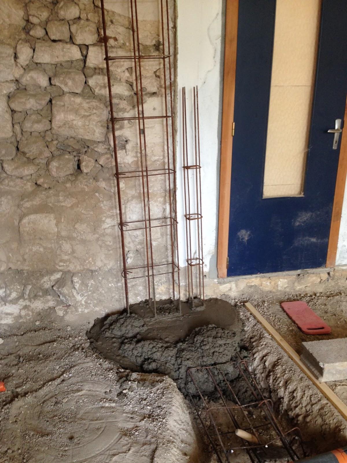 opbouwen refaire un mur au num ro 7. Black Bedroom Furniture Sets. Home Design Ideas