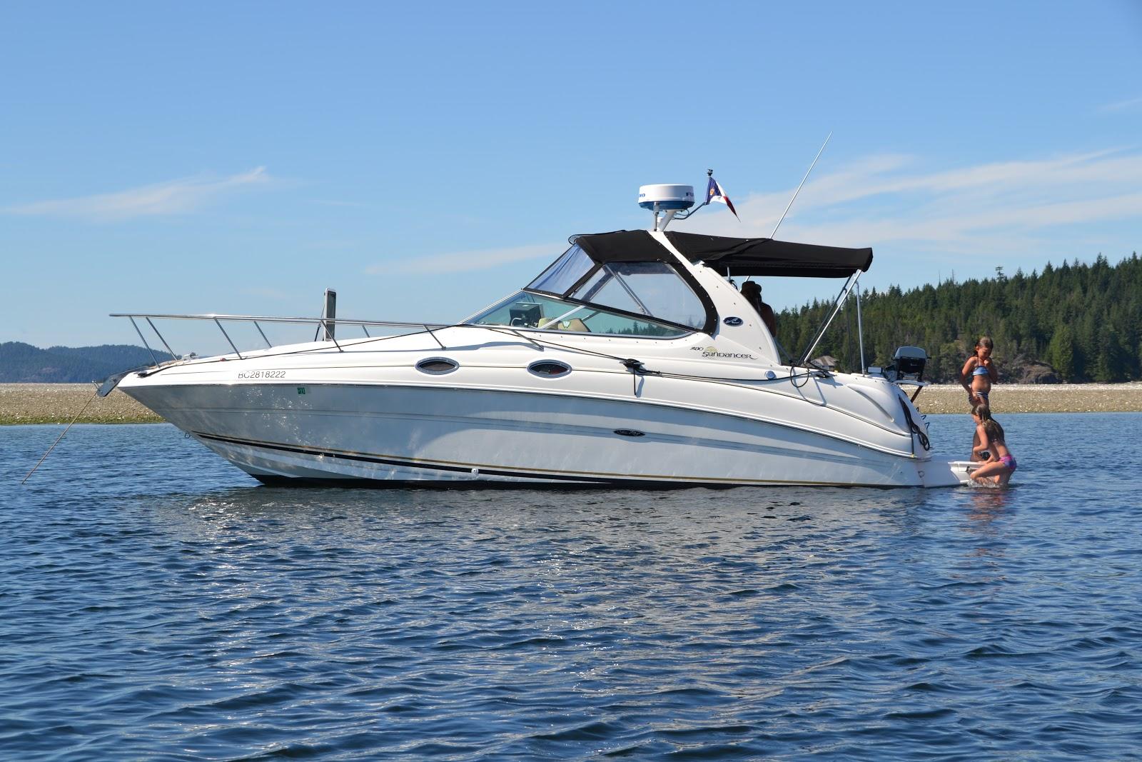 Sea Ray 280 Sundancer For Sale: Exterior