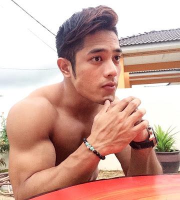 Guru Paling Handsome Kat Malaysia?
