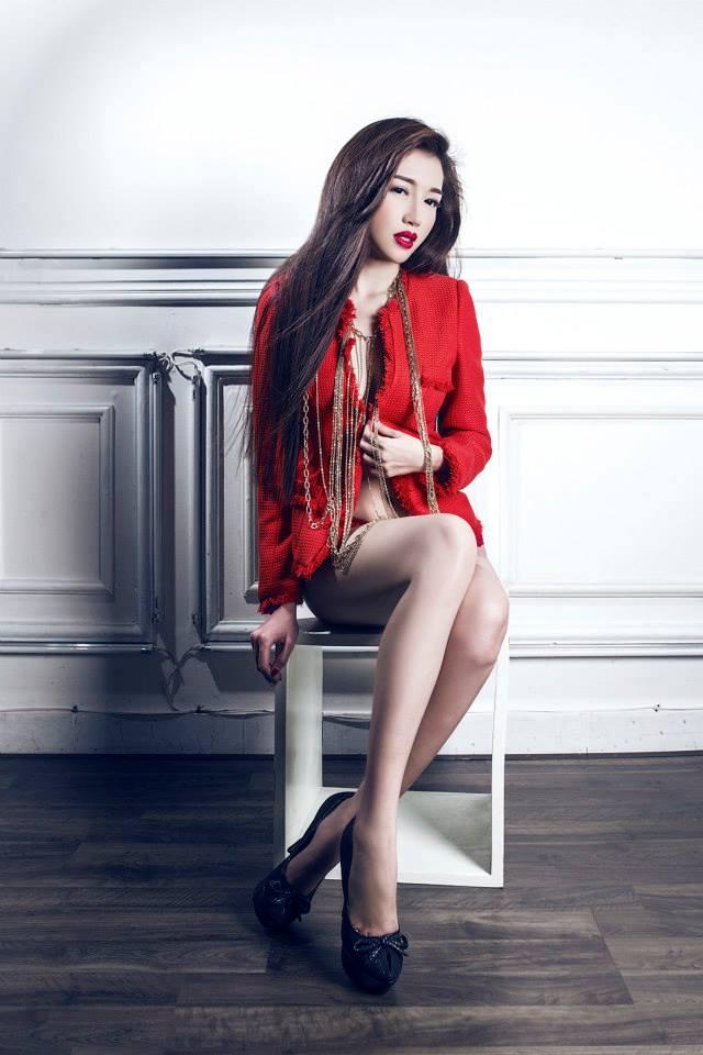 1 - Hot Model ELLY TRAN Beautiful Sexy