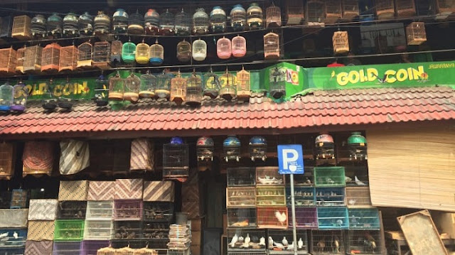 Cara Naik Kereta KRL ke Pasar Pramuka