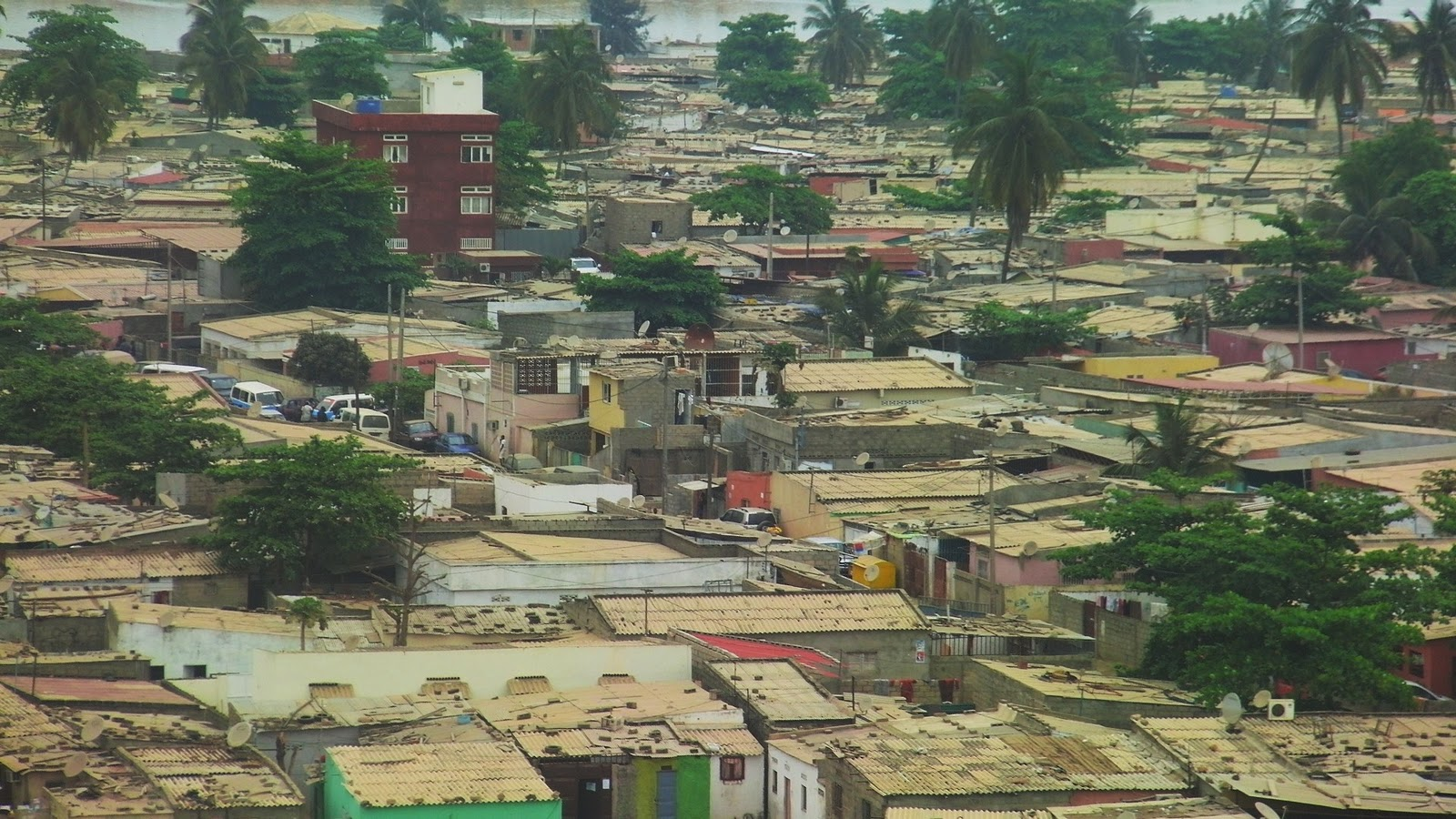 the roof above my head: Musseque Chicala - view from the Fort